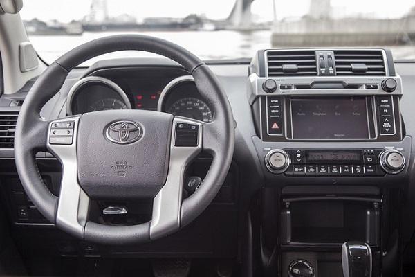 toyota-land-cruiser-prado-2015-hang-nhat-ve-viet-nam-gia-gan-22-ty-dong-7